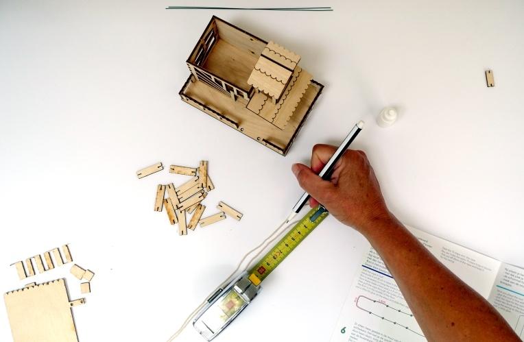 boomhuisje, diy, kit, bouwpakket, hout, handleiding, uitleg
